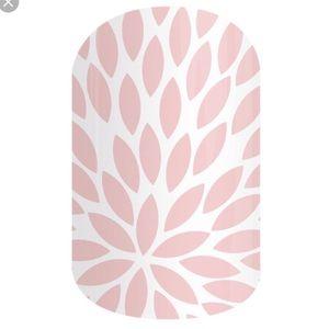 Rose quartz lotus